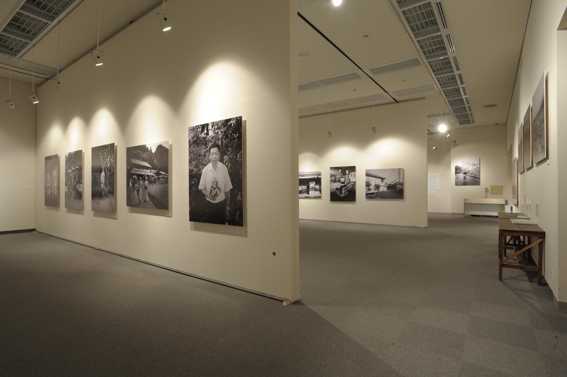 20100318松原豊写真展村の記憶/三重県立美術館県民ギャラリー