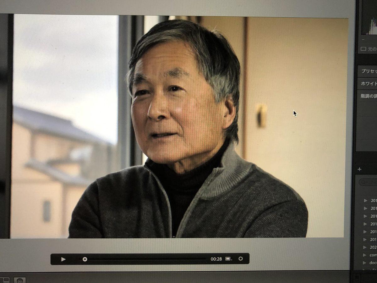 インタビューを受ける井津健郎氏