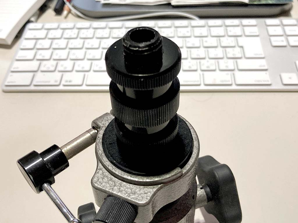 レーザー墨出し器ハスキー三脚装着用変換ネジ